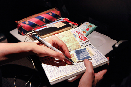 30,000 feet up in the air, writing letters in style!
