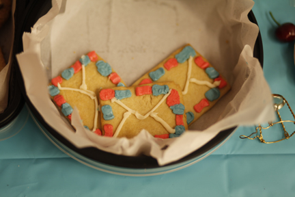 yes those are shortbread cookies. yes, they are what you think they are...